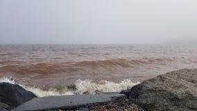 岩石苏必利尔湖畔 库存照片