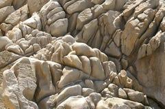 岩石起了皱纹 免版税库存图片