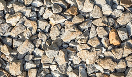 岩石铁路轨道,石背景 免版税库存图片