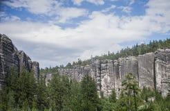 岩石镇, Adrspach特普利采国家公园在捷克, 免版税库存图片