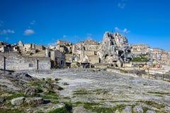 岩石露出的一个城市和窑居复合体被雕刻的 库存图片
