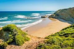 岩石鸟点壮观的看法在维多利亚,澳大利亚 免版税库存照片