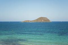 岸La Manga Del Mar Menor的Grosa海岛 免版税库存照片