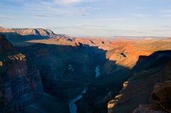 峡谷全部超出日落 库存照片