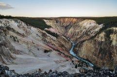 峡谷全部黄石 库存照片