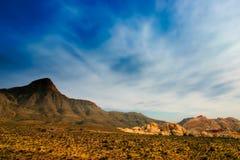 峡谷内华达红色岩石 免版税图库摄影