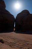 峡谷在考古学站点Madain萨利赫沙特阿拉伯 库存照片