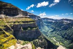 峡谷在Ordesa国家公园,比利牛斯,韦斯卡省,阿拉贡,西班牙 免版税库存照片