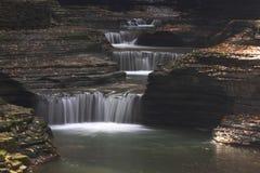 峡谷瀑布 免版税库存照片