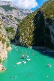 维登峡谷的Lac de Sainte Croix和入口,法国 免版税库存图片