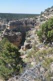 峡谷科罗拉多全部河 Hermist休息路线 地质的形成 库存图片