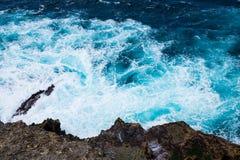 峭壁在努沙Penida,巴厘岛,印度尼西亚 库存照片