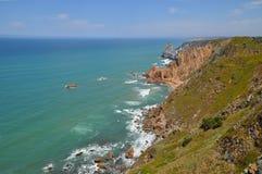 峭壁在葡萄牙 库存照片