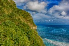 峭壁海滩 库存图片