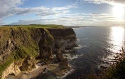 峭壁爱尔兰moher全景 免版税库存图片