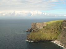 峭壁爱尔兰moher 免版税库存照片