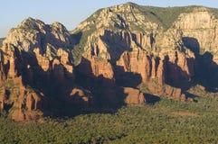 峭壁红色岩石 图库摄影