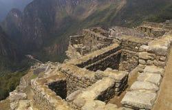 峭壁machu picchu废墟 图库摄影
