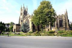 峰顶的大教堂, Tideswell,德贝郡。 免版税图库摄影