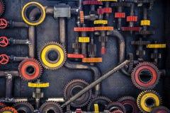 嵌齿轮和管子 免版税图库摄影