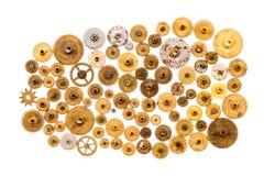 嵌齿轮链轮在白色背景的steampunk装饰品 葡萄酒钟表机构分开特写镜头 抽象形状对象与 免版税库存图片