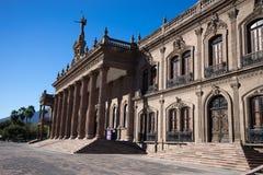 州长宫殿在蒙特里墨西哥 免版税库存照片