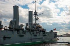 巡洋舰极光在圣彼德堡 库存照片