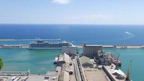 巡航划线员和口岸的,巴塞罗那,西班牙全景 股票录像
