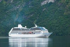 巡航划线员在挪威 免版税图库摄影