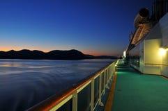 巡航到Keitchikan阿拉斯加的早晨 免版税库存照片