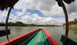 巡航在Usumacinta河 免版税库存图片