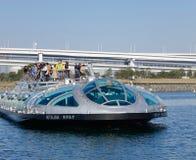 巡航小船在东京,日本 库存图片
