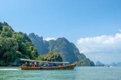 巡航的Phang Nga海湾在泰国 免版税库存图片