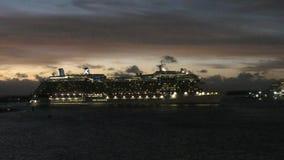巡航shipa rrives在劳德代尔堡 股票录像
