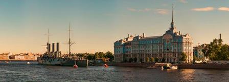 巡洋舰极光,船博物馆在圣彼德堡 免版税库存图片