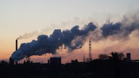 工业企业的管子和烟 影视素材
