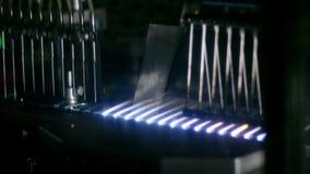 工业制药 密封与火的不育的细颈瓶 股票录像
