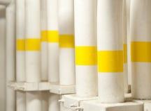 工业区、钢管道和阀门 免版税图库摄影