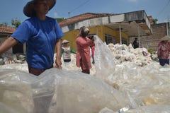 工业塑料回收废物 免版税库存照片