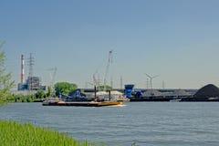 工业活动在跟特,富兰德,比利时港口  库存图片