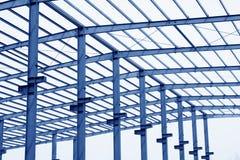 工业生产车间屋顶钢粱 免版税库存图片