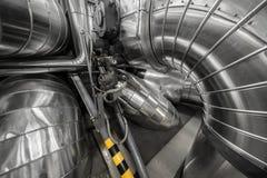 工业管子在一个热电厂 免版税库存照片