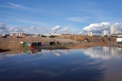 工业荒原在巴黎的郊区 库存照片