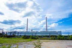 工业荒原烟囱 库存照片