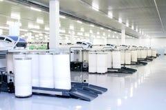 工业设备和制造的机器在工厂 免版税库存图片