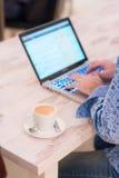 工作和咖啡 免版税库存照片