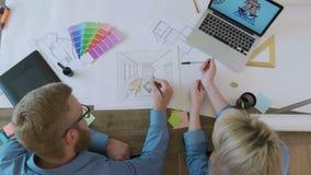 工作在内部剪影的顶视图室内设计师 股票视频