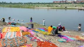 工作在阿格拉,印度的人们 免版税图库摄影