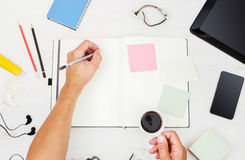工作场所 顶视图 设备供以人员现代工作 免版税图库摄影