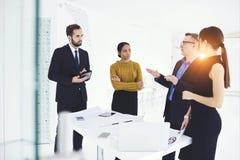 工作的成功的商务伙伴 免版税库存图片